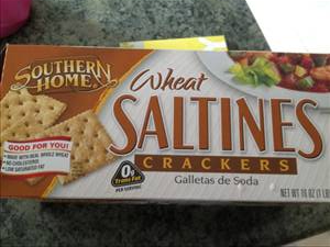 Whole Wheat Saltine Crackers Photo